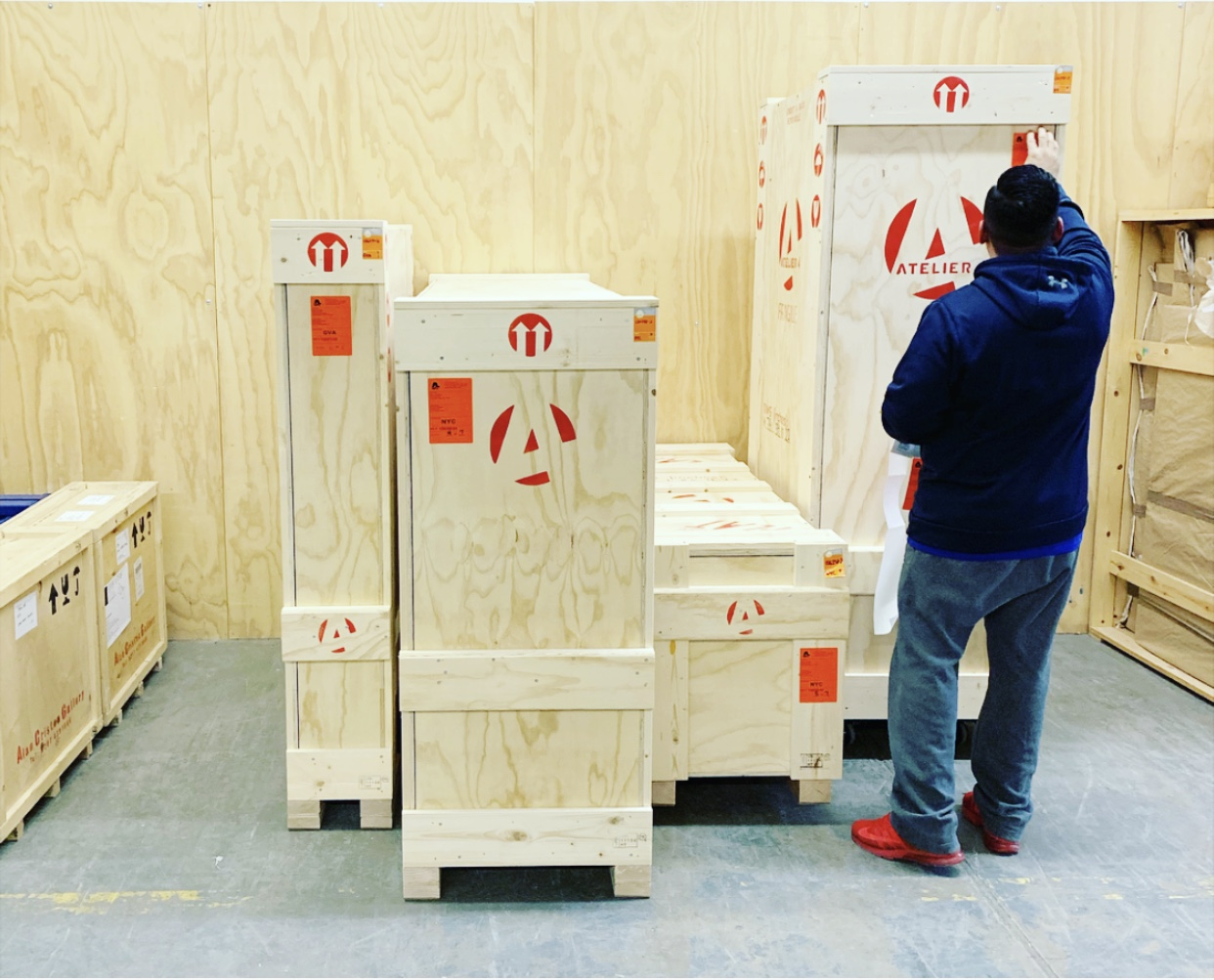 LoadingDock_Carlos&A4Crates